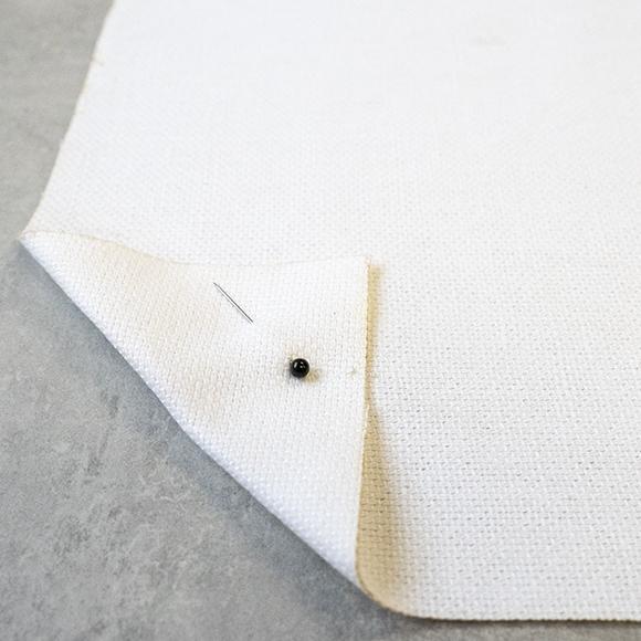 Pin White