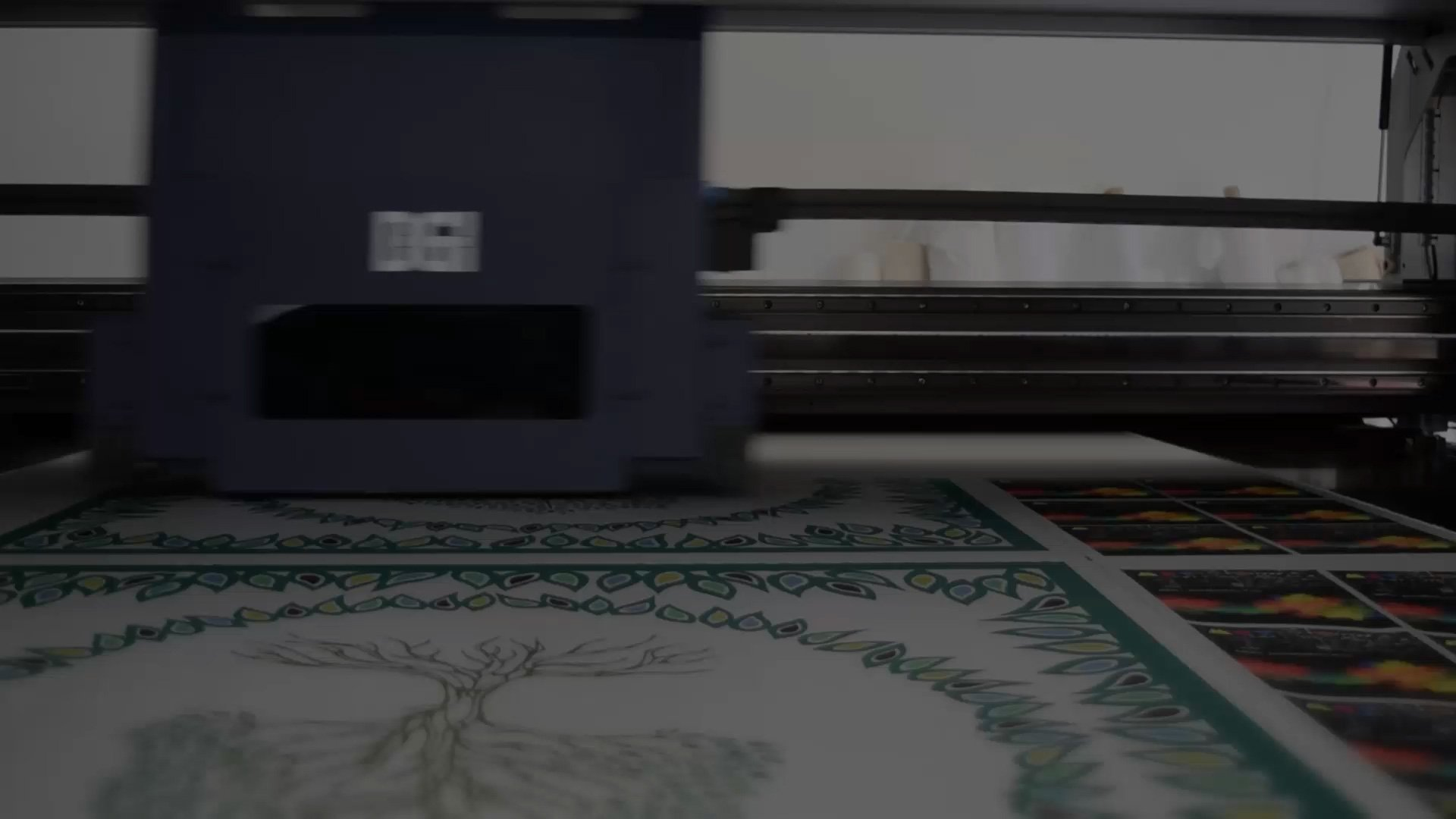 Picture of a Fabric printer printing fabric